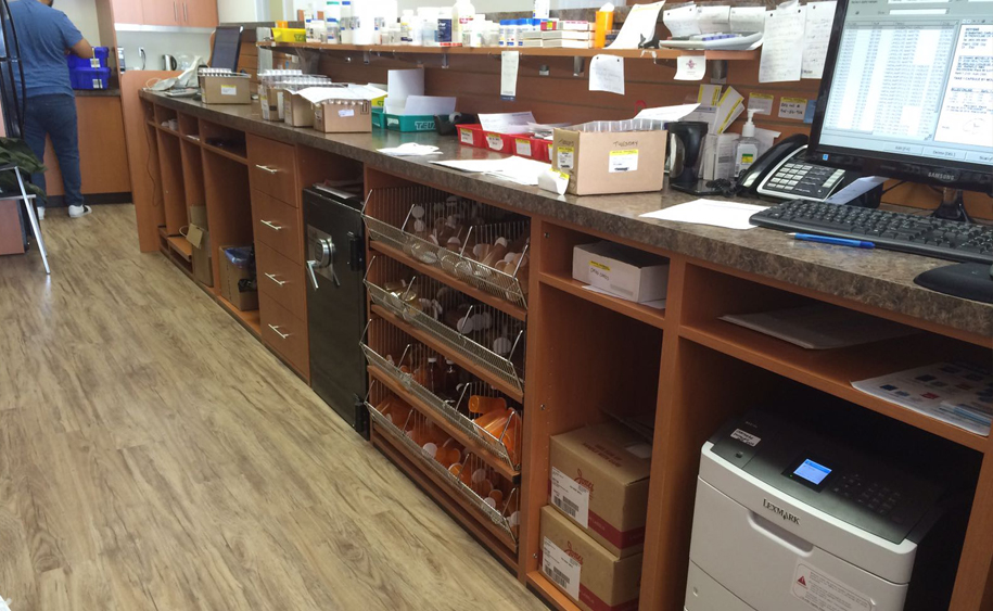 Pharmacies Store Fixtures & Woodworking Brampton